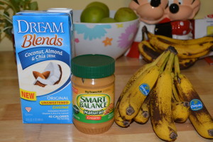 Peanut butter banana smoothie ingredients.