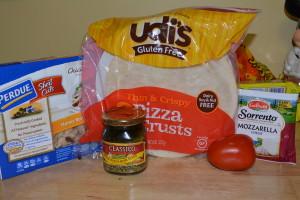 Ingredients for my divine gluten free tomato and chicken pesto pizza.