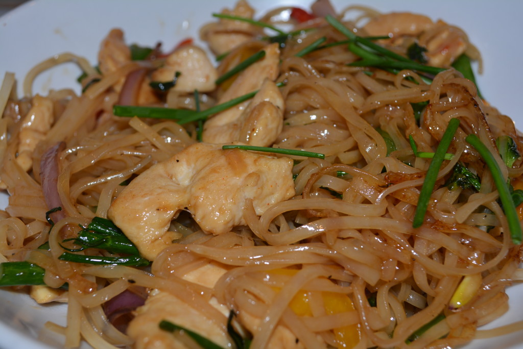 Grilled chicken and green veggies with Asian rice noodles and gluten free teriyaki sauce!
