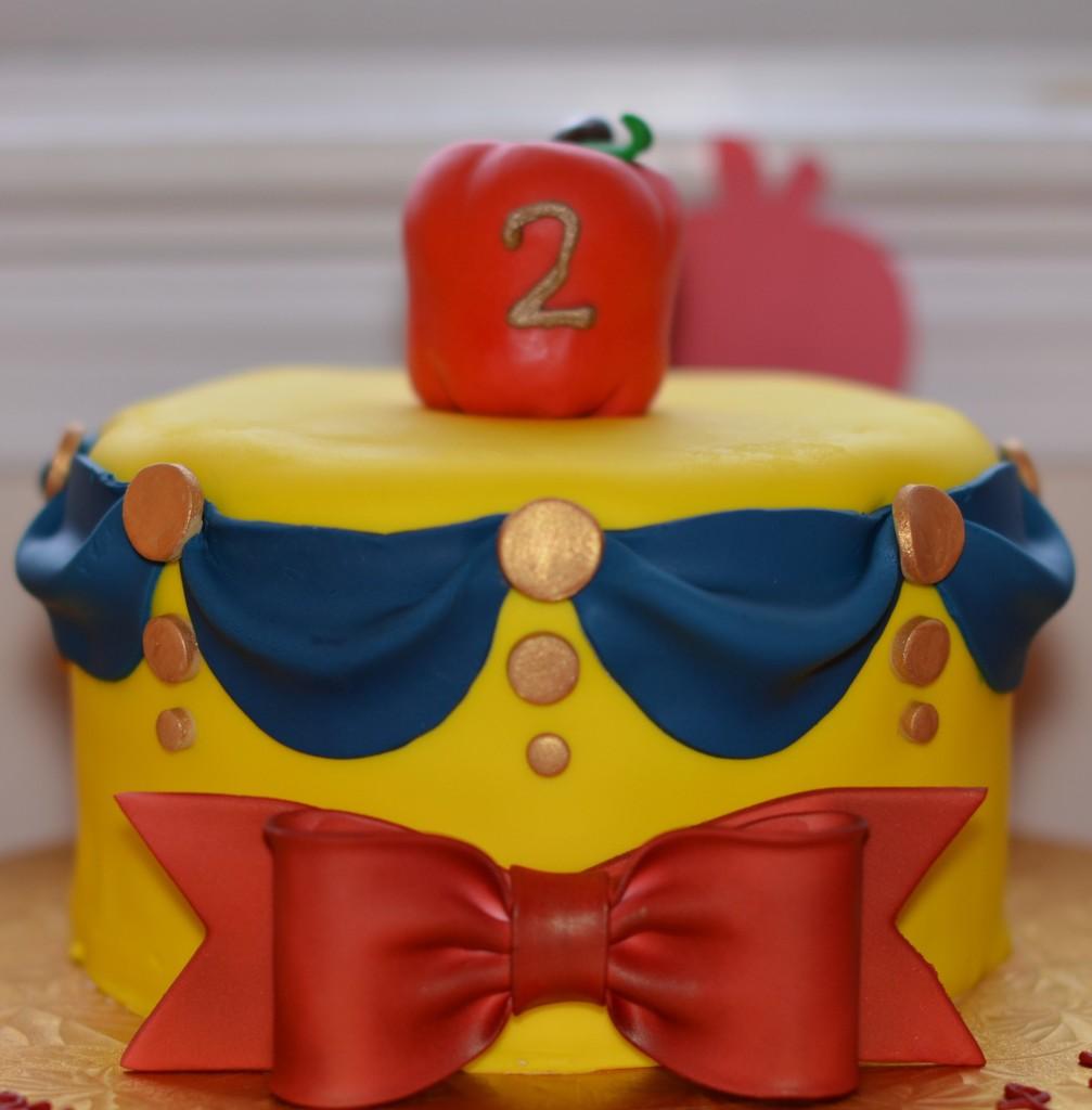 Snow White Birthday (3)